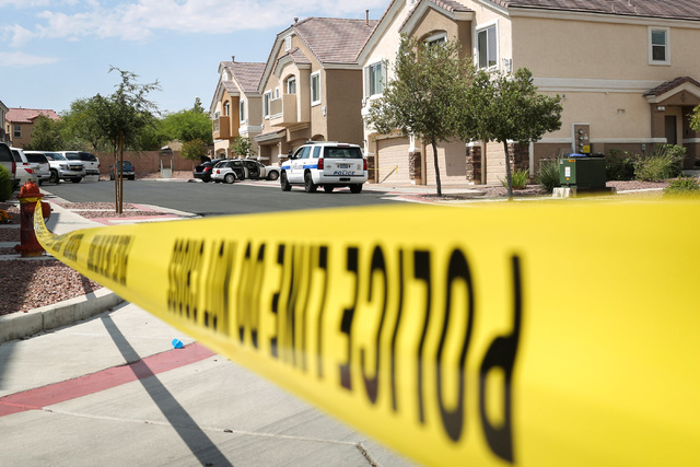 Police investigate a homicide in which police say a man was shot to death by his roommate in Henderson on Aug. 27, 2016. Brett Le Blanc/Las Vegas Review-Journal Follow @bleblancphoto