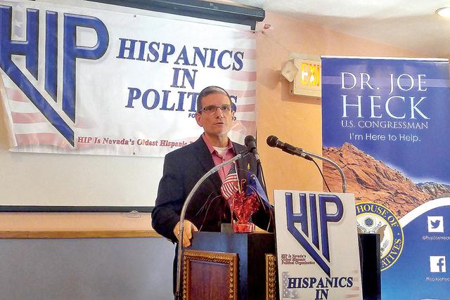 Joe Heck, congresista republicano del Distrito 3, se dirige a hispanos durante el desayuno Hispanics in Politics. | Foto El Tiempo