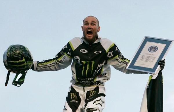 Movie screening brings motocross stars back to Caesars