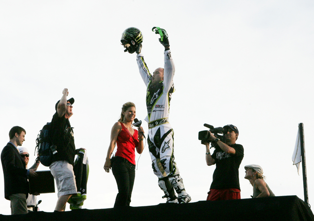 Motocross X game Legend Mike Metzger celebrates after completing a back flip jump over the Caesars Palace fountains on the Las Vegas strip Thursday May 3, 2006. Craig L. Moran/Las Vegas Review-Journal