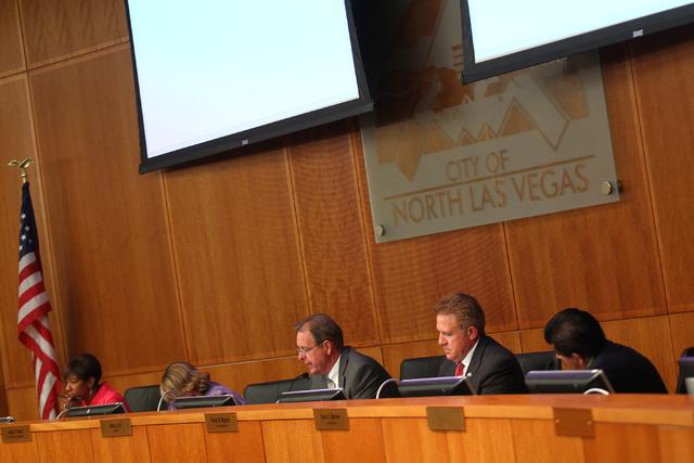 North Las Vegas City Council (Chase Stevens/Las Vegas Review-Journal Follow @csstevensphoto)