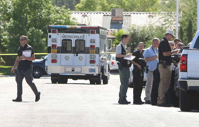 Las Vegas police investigate a homicide on June 13, 2016, in northeast Las Vegas, near Nellis and Lake Mead boulevards. Bizuayehu Tesfaye/Las Vegas Review-Journal Follow @bizutesfaye