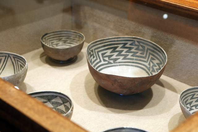 Anaxazi pots are shown at the Lost City Museum Thursday, Oct. 17 2013, in Overton, Nev. The museum, located at 721 S. Moapa Valley Blvd., contains artifacts found in Southern Nevada that give insi ...