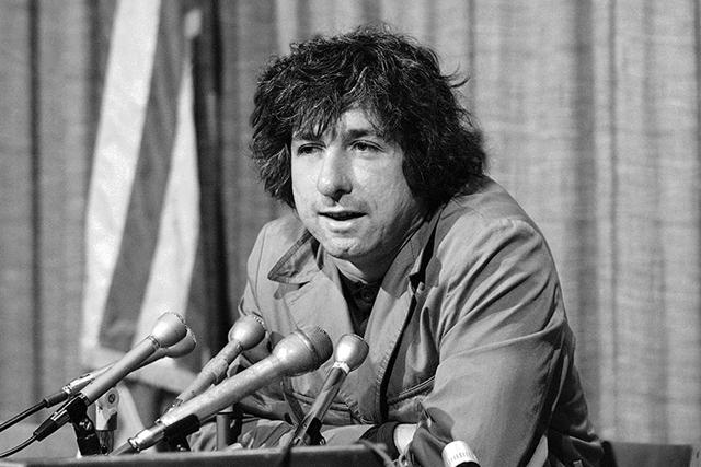 Tom Hayden in a Dec. 6, 1973. (George Brich/AP)