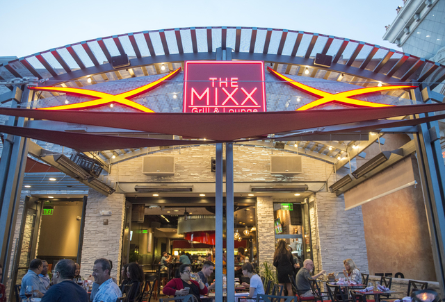 Customers sit on the patio of The Mixx Grill & Lounge in Boca Park in Las Vegas on Friday, Oct. 7, 2016. Jacob Kepler/Las Vegas Review-Journal