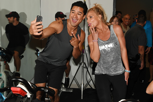Mario Lopez and Britney Spears 'selfie' before charity cycle ride. (Denise Truscello)
