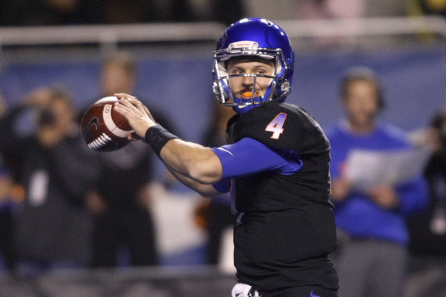 Boise State quarterback Brett Rypien looks to throw during the first half of an NCAA college football game against San Jose State in Boise, Idaho, Friday, Nov. 4, 2016. (Otto Kitsinger/AP)