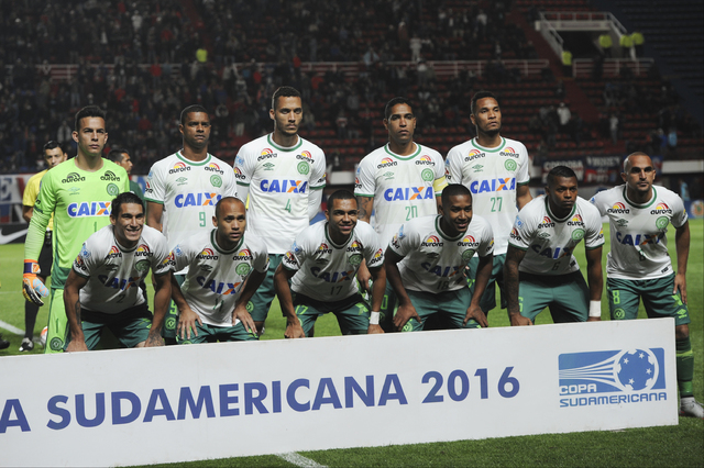 In this Nov. 2, 2016 photo, players of Brazil's Chapecoense team pose before a Copa Sudamericana soccer match against Argentina's San Lorenzo in Buenos Aires, Argentina. Top row from left, goalkee ...