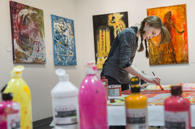 Artist Autumn de Forest works on a painting at the Gallery of Music & Art on Monday, Nov. 7, 2016, in Las Vegas.  Benjamin Hager/Las Vegas Review-Journal