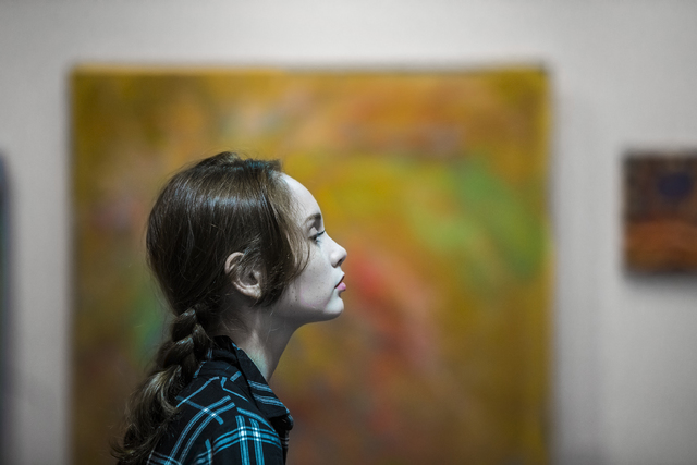 Artist Autumn de Forest takes a break from painting at the Gallery of Music & Art on Monday, Nov. 7, 2016, in Las Vegas.  Benjamin Hager/Las Vegas Review-Journal