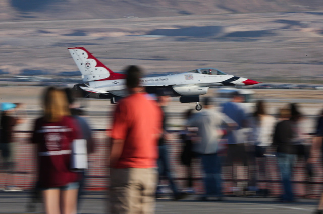 Thunderbird number 3 lands after a performance during the 2016 Aviation Nation air show on Nellis Air Force Base in Las Vegas on Friday, Nov. 11, 2016. Brett Le Blanc/Las Vegas Review-Journal Foll ...