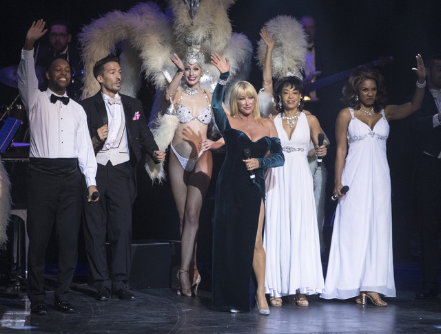 Suzanne Somers, center, and the rest of the celebrity guests wave goodbye to the crowd at the completion of the Best of Las Vegas Show at The Venetian Las Vegas hotel-casino on Saturday, Nov. 5, 2 ...