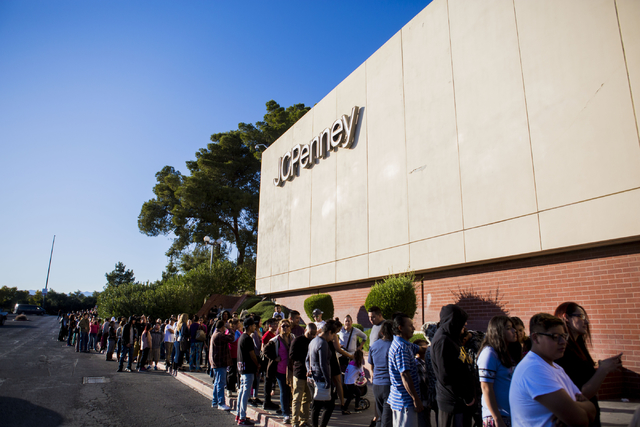 Customers line up on the sidewalk outside of the JCPenney located in the Meadows Mall waiting for the Black Friday sales to begin, Thursday, Nov. 24, 2016. Elizabeth Page Brumley/Las Vegas Review- ...
