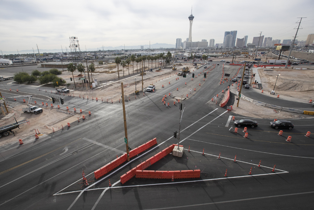 Construction near Charleston Boulevard exit and entrance ramps at Interstate 15 on Thursday, Oct. 27, 2016, in Las Vegas. (Loren Townsley/Las Vegas Review-Journal Follow @lorentownsley)