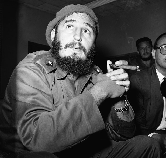 Prime Minister Fidel Castro presented this study as he said that the current negotiations of tractors for prisoners are useful. Castro was photographed at a press conference on June 14, 1961 in Ha ...