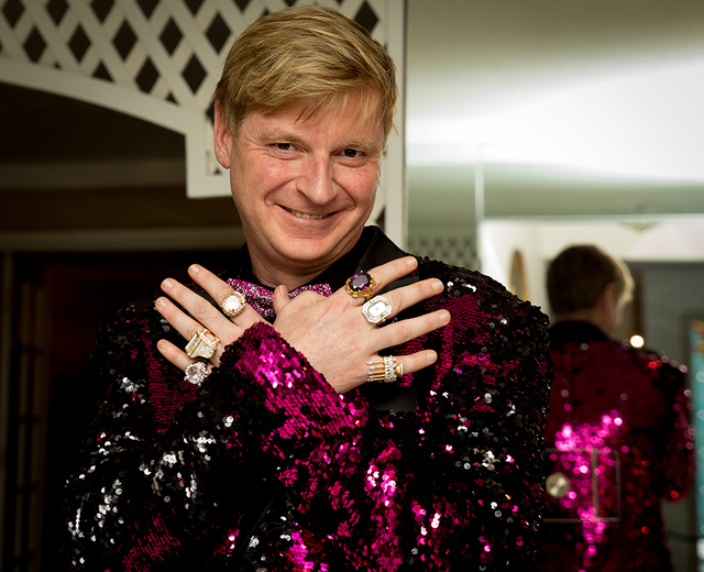Pianist Bryant Olender from Vancouver came decked out in his Liberace-style garb. (Tonya Harvey/Real Estate Millions)