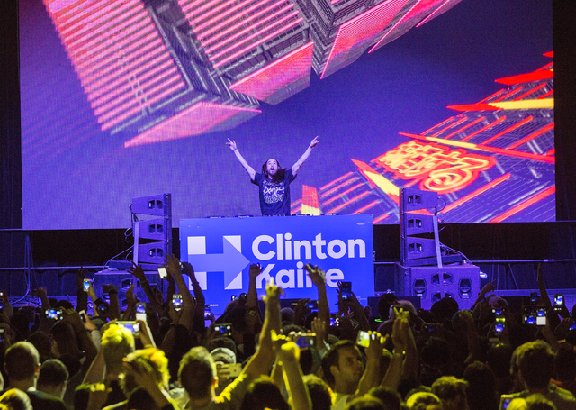 Musician/philanthropist Steve Aoki performs at a rally for Democratic presidential nominee Hillary Clinton at Cox Pavilion on Thursday, Nov. 3, 2016, at UNLV, in Las Vegas.  Benjamin Hager/Las Veg ...