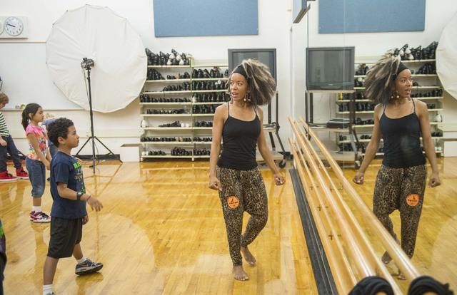 Pendu Malik, a teaching artist from Cirque du Soleil, teaches a class at Gilbert Magnet School Oct. 11, 2016. The class is part of Cirque du Soleil's Arts Nomades program. Jacob Kepler/View