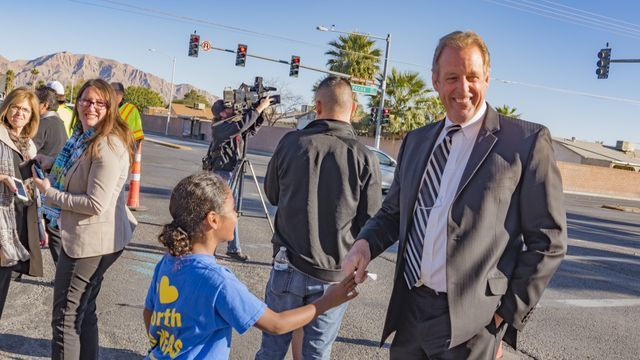 North Las Vegas Mayor John Lee meets with Tom Williams Elementary School students on Tuesday, Nov. 29, 2016. (City of North Las Vegas)