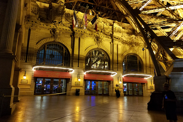 The barren entrance to Paris Las Vegas is taped off, preventing people from entering the property. (Mike Shoro/Las Vegas Review-Journal)