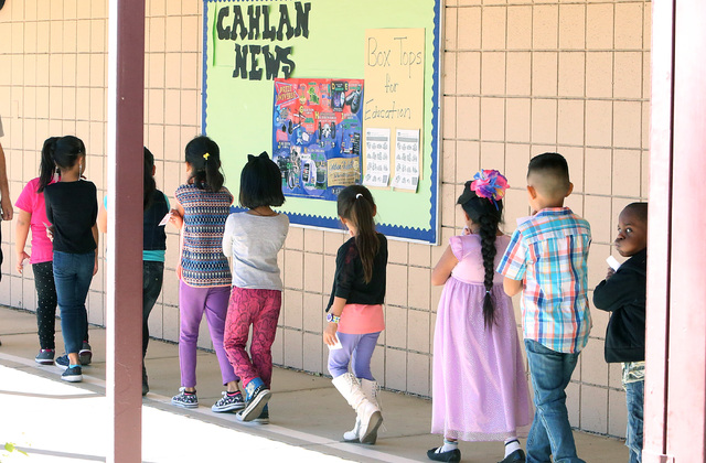 Cahlan Elementary School students walk back to their classroom, Thursday, Oct. 20, 2016. Bizuayehu Tesfaye/Las Vegas Review-Journal Follow @bizutesfaye
