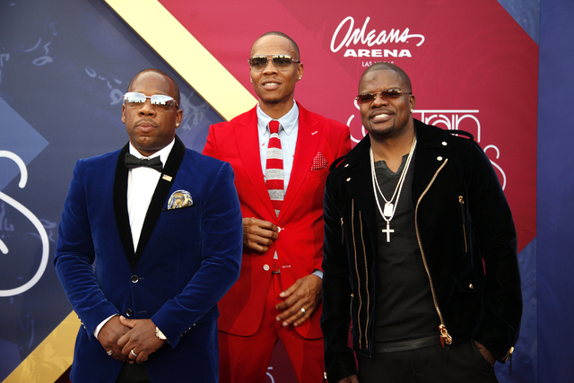 Members of Bell Biv DeVoe walk the red carpet at the Soul Train Music Awards on Sunday, Nov. 6, 2016, at the New Orleans Arena in Las Vegas. (Rachel Aston/Las Vegas Review-Journal Follow @rookie__rae)
