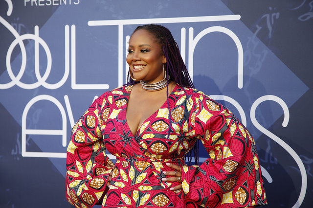 Lalah Hathaway walks the red carpet at the Soul Train Music Awards on Sunday, Nov. 6, 2016, at the New Orleans Arena in Las Vegas. (Rachel Aston/Las Vegas Review-Journal Follow @rookie__rae)