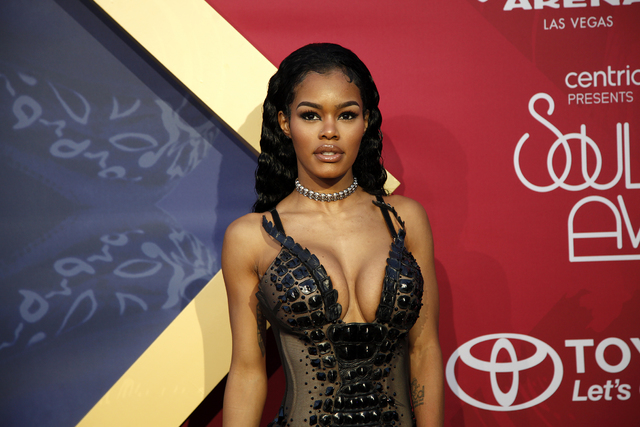Teyana Taylor walks the red carpet at the Soul Train Music Awards on Sunday, Nov. 6, 2016, at the New Orleans Arena in Las Vegas. (Rachel Aston/Las Vegas Review-Journal Follow @rookie__rae)