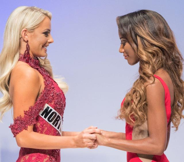The 2017 Miss Nevada USA and Miss Nevada Teen USA pageants at Artemus Ham Concert Hall at UNLV on Sunday, Nov. 13, 2016, in Las Vegas. Alexis Smith of Summerlin was crowned Miss Nevada Teen USA an ...