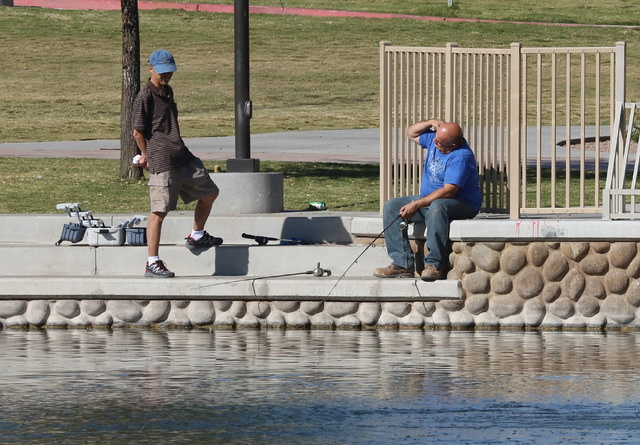 People enjoy the cool weather at Lorenzi Park, Monday, Nov. 14, 2016. Temperatures are expected to fall this week as a cold front sweeps the Las Vegas Valley. (Bizuayehu Tesfaye/Las Vegas Review-J ...