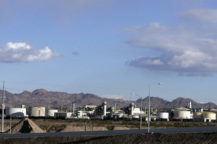 Industrial plants in Henderson, Nevada. (John Gurzinski/Las Vegas Review-Journal)