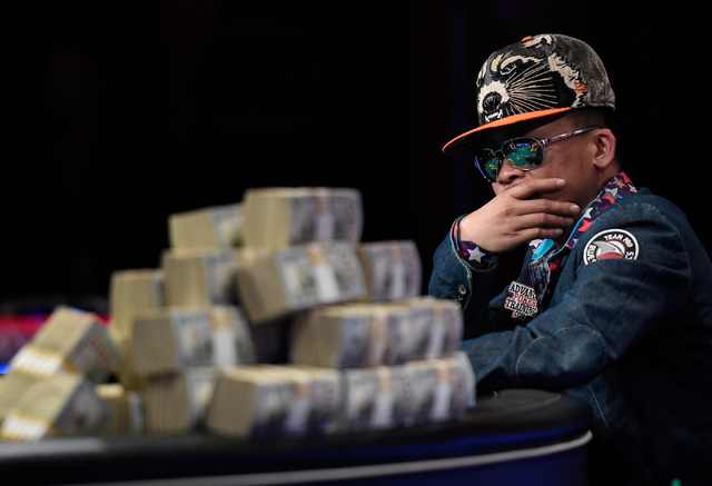 Qui Nguyen of Las Vegas competes during the final table at the 2016 World Series of Poker Main Event at the Rio hotel-casino, Tuesday, Nov. 1, 2016, in Las Vegas. Shortly after 3:20 am., Nguyen ha ...