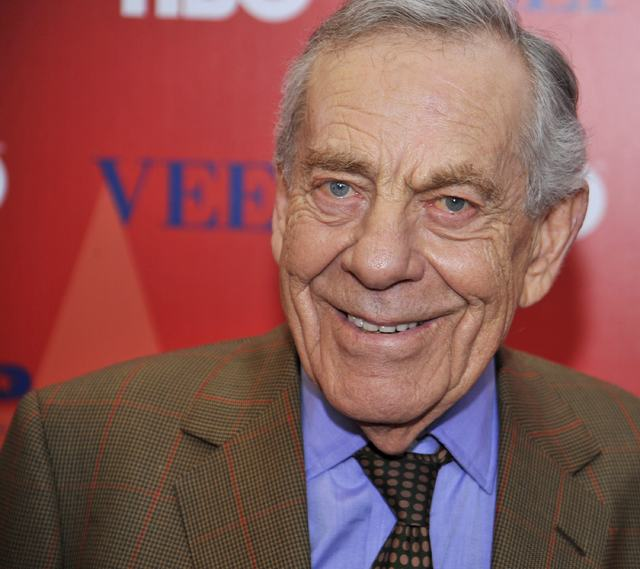 """60 Minutes"" journalist Morley Safer attends the world premiere of new HBO series ""VEEP: in New York City, April 10, 2012.  (Stephen Chernin/Reuters)"