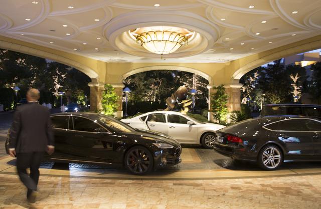 The valet area at the south gate entrance at the Wynn Las Vegas on Wednesday, Nov. 30, 2016. (David Guzman/Las Vegas Review-Journal) Follow @DavidGuzman1985