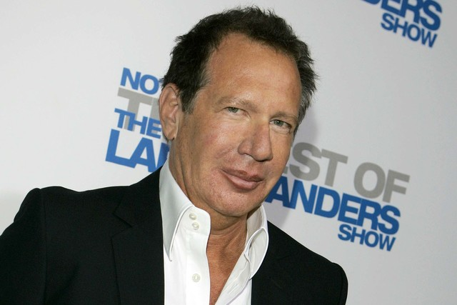 "Actor Garry Shandling arrives at the wrap party and DVD release for ""The Larry Sanders Show"" in Beverly Hills, Calif., April 10, 2007. Shandling, who as an actor and comedian pioneered a pretend b ..."