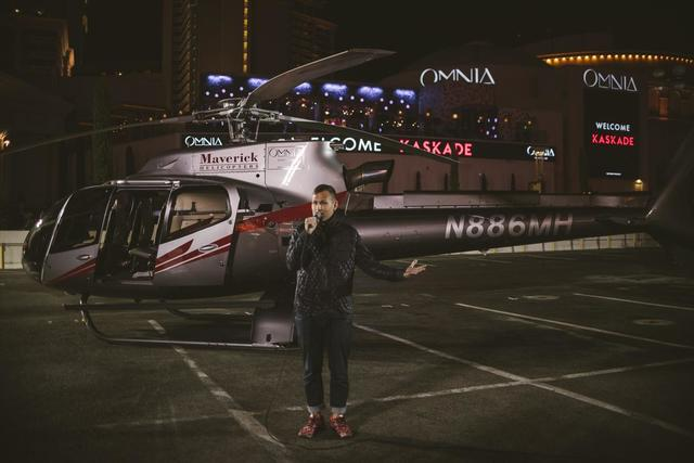 Superstar DJ Kaskade departs in a helicopter as he arrives at Caesars Palace on Friday, Dec. 30, 2016. (Photo Aaron Garcia)