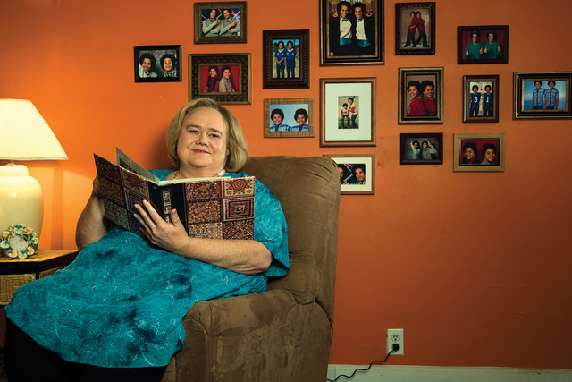 "Louie Anderson stars as Christine Baskets in the FX comedy ""Baskets."" (Frank Ockenfels/FX)"