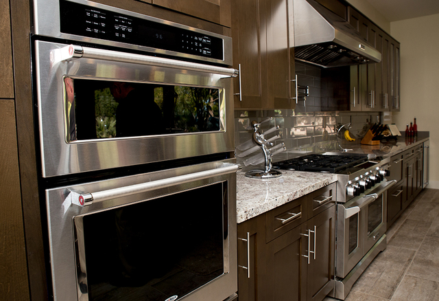 The appliances were updated. (Tonya Harvey/Real Estate Millions)