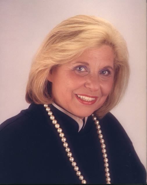 Muriel Stevens was a food and shopping columnist at the Las Vegas Sun from the early 1970s through 2005, and for decades was also a popular TV and radio-show host.