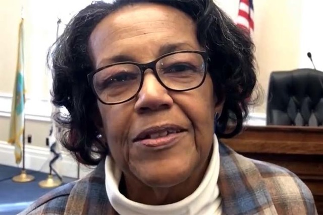 Nevada Democratic Elector JoEtta Brown talks about going to presidential inauguration. (Sandra Chereb/Las Vegas Review-Journal)