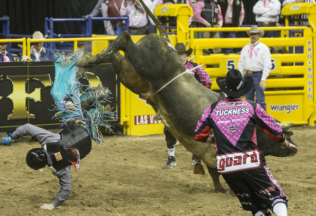 2016 National Finals Rodeo Fifth Go Round Results Las