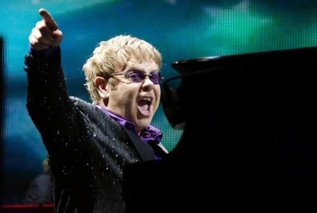 Elton John during a performance at Caesars Palace. (Las Vegas Review-Journal))