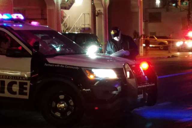 Las Vegas police investigate an early morning shooting near Ogden Avenue and Casino Center Boulevard in the downtown area, Monday, Jan. 16,2017. (Mike Shoro/Las Vegas Review-Journal)