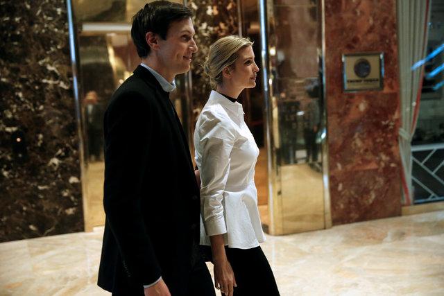 Ivanka Trump, daughter of U.S. President-elect Donald Trump, walks through the lobby with her husband, Jared Kushner, at Trump Tower in New York, Nov. 18, 2016. (Mike Segar/Reuters)