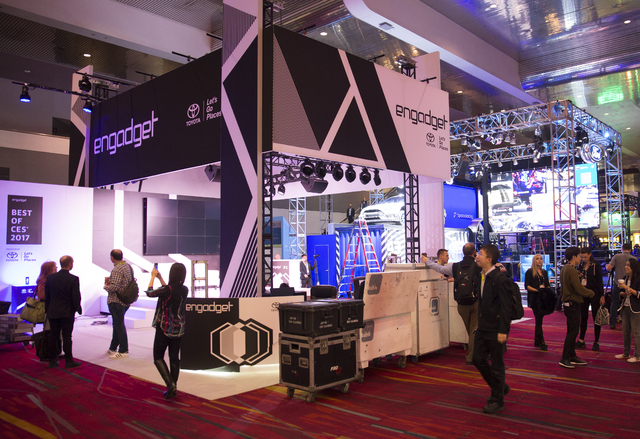 The day before CES 2017 officially begins show-goers walk through the Las Vegas Convention Center Wednesday, Jan. 4, 2016, to get to pre-show panel discussions. (Todd Prince/Las Vegas Review-Journal)