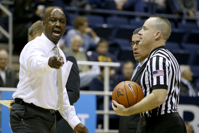 Wyoming coach Allen Edwards argues a call with a referee during the first half of the team's NCAA college basketball game against California on Friday, Nov. 25, 2016, in Berkeley, Calif. (Tony Ave ...
