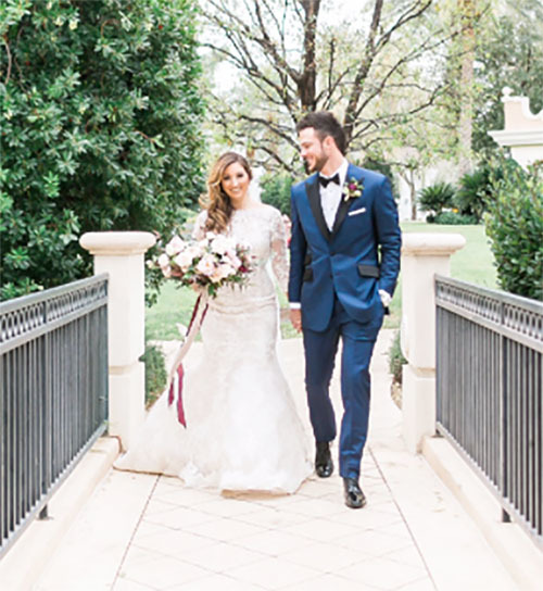 Jessica Delp and Kris Bryant wed in Las Vegas. (Instagram)