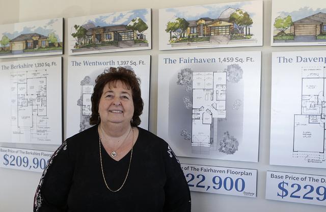 Carolyn Baker at the new home Welcome Center at Fox Creek subdivision at the Ridge in Bullhead City, Ariz., on Thursday, Jan 6, 2017. (Bizuayehu Tesfaye/Las Vegas Review-Journal)@bizutesfaye