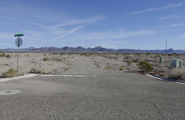 Vacant lots at failed Arroyo Vista Heights subdivision project on Texas Sage and Ramsey Road in Bullhead City, Ariz., on Thursday, Jan 6, 2017. (Bizuayehu Tesfaye/Las Vegas Review-Journal)@bizutesfaye