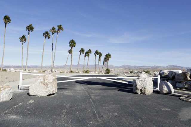 The entrance to the failed subdivision project on Rancho Colorado Boulevard in Bullhead City, Ariz., on Thursday, Jan 6, 2017. (Bizuayehu Tesfaye/Las Vegas Review-Journal)@bizutesfaye